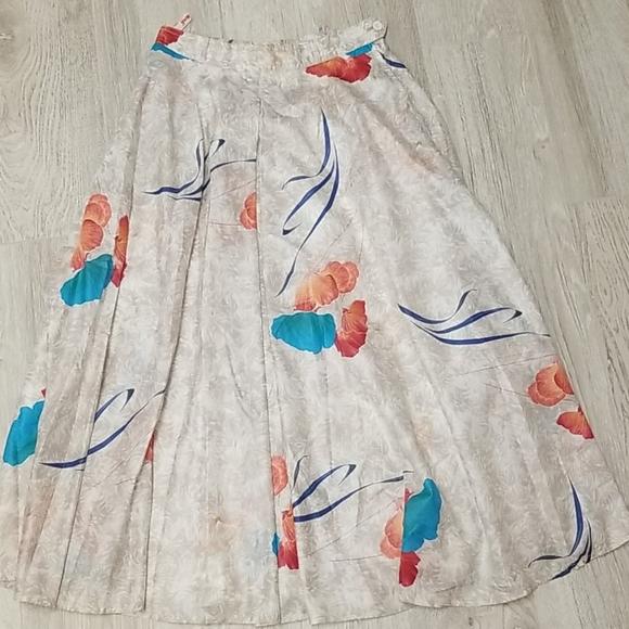 Vintage 100% cotton skirt.